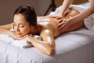Massage for female at your door step :)