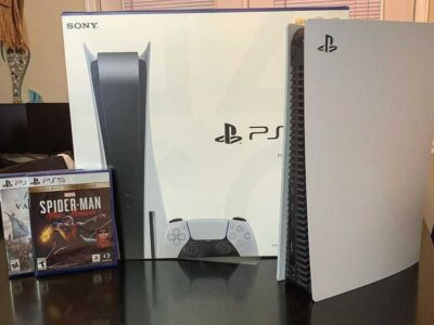 PlayStation 5 ( PS5 )